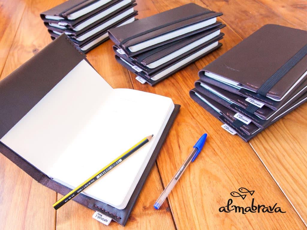 diseño y fabricacion productos artesanales libretas